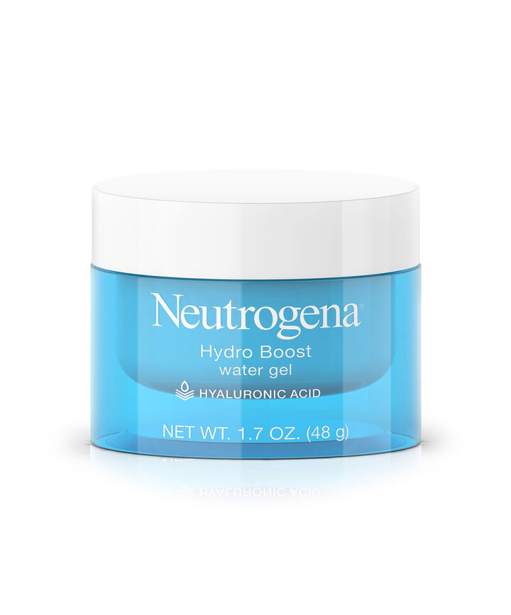 Neutrogena Healthy Skin Anti-Wrinkle Cream with SPF 15 is a rich anti-wrinkle face moisturizing cream infused with Retinol, to treat and help prevent fine lines, wrinkles, and other signs of aging. Lightweight and non-greasy, it absorbs quickly into skin.